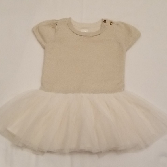12 to 18 month Baby Gap Top/Dress